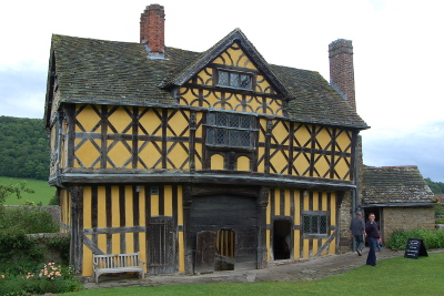 Stokesay Castle - Gatehouse / medieval manor house